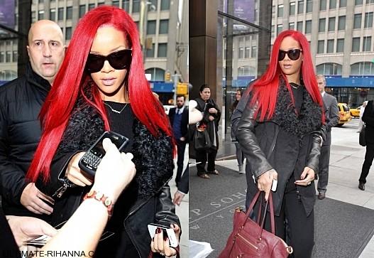 Red Head Rihanna in New-York