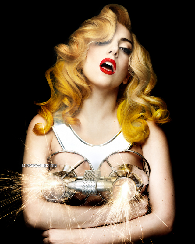 Lady Gaga pète le feu !