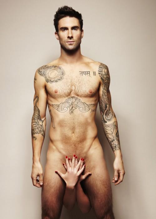 Adam Levine a le diable au corps