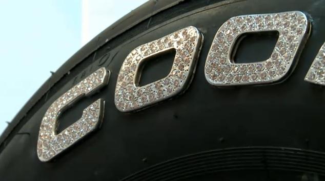 Cooper et FK Diamonds font des pneus en diamants