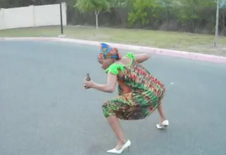 Vidéo : Le remake africain de la pub Sundrop ! WandHilarious !