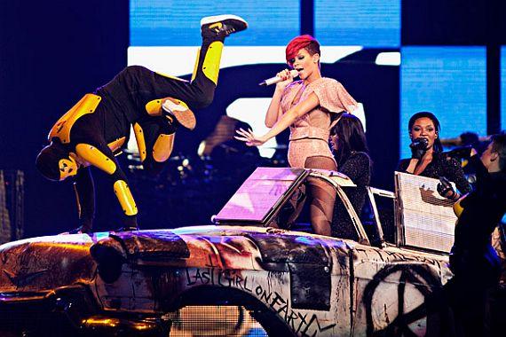 Rihanna – The Loud Tour 2011