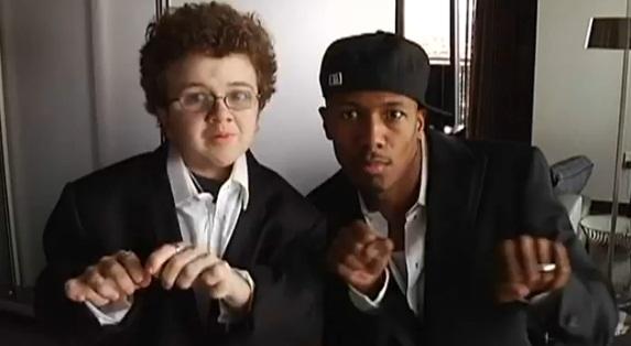 "Vidéo : Keenan Cahill & Nick Cannon – ""Famous"""