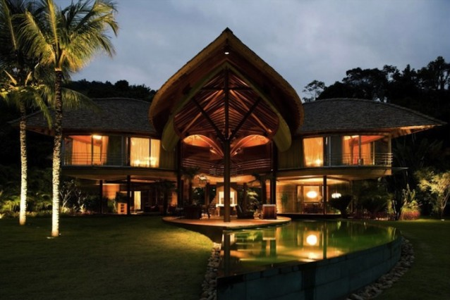 """Architecture : The """"Leaf House"""" – Rio de Janeiro"""
