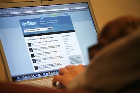 Le mot « tweet » entre dans le dictionnaire