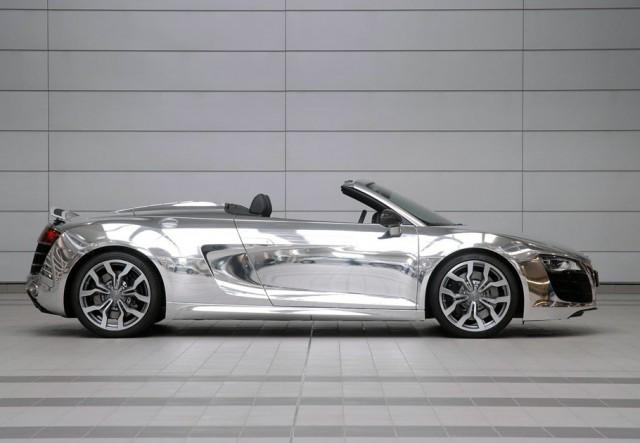 Une Audi R8 Spyder Chrome vendue aux enchères