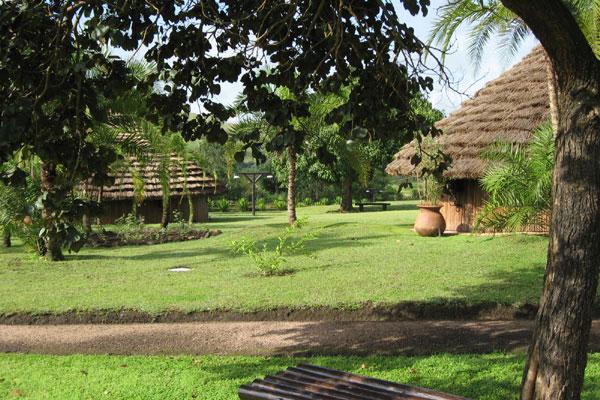 Adresse : Domaine du Petpenoun – CAMEROUN