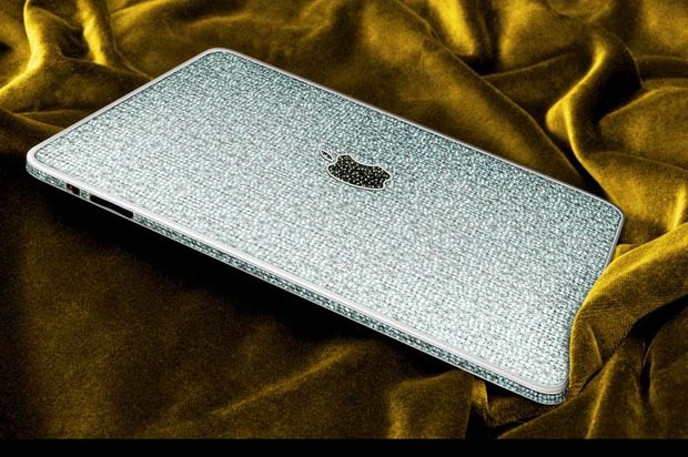 L'iPad 1 paré de diamants
