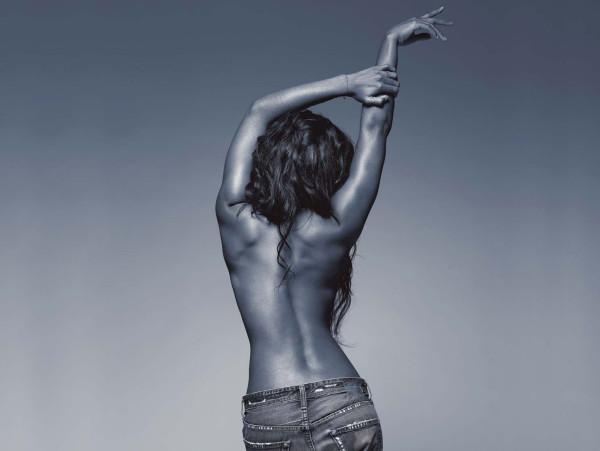 Kelly Rowland toute nue (ou presque)