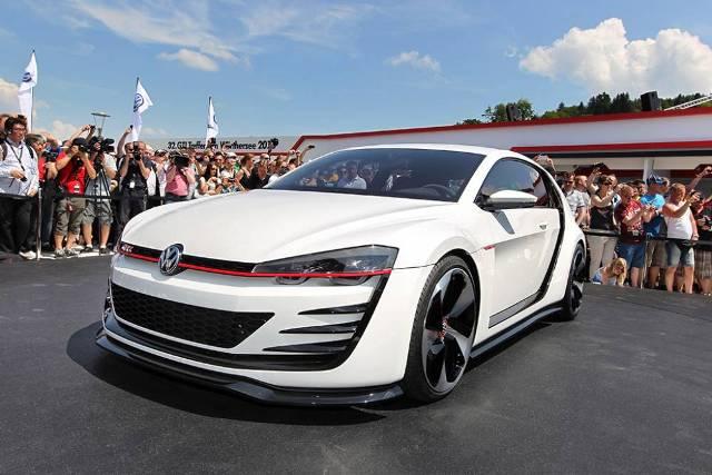 Golf-GTI-Design-wolfwagen-jewanda-1