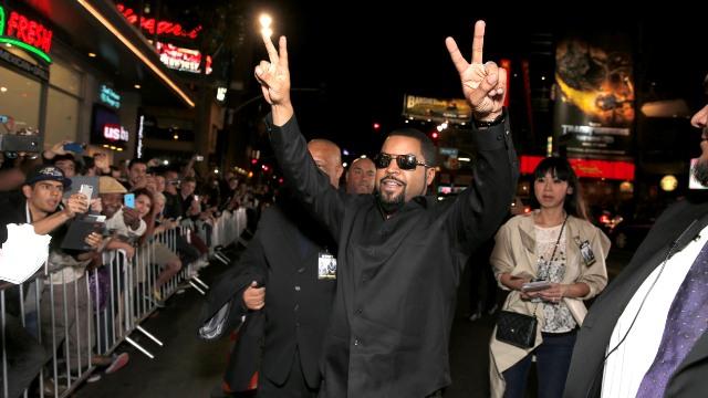 """People : Les célébrités à l'Avant-Première de """"Ride Along"""" à Hollywood"""