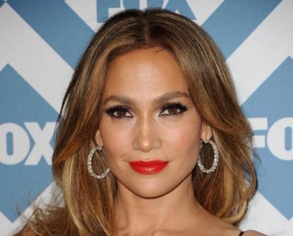 Musique : J-Lo interprétera l'hymne officiel de la coupe du monde du Brésil 2014