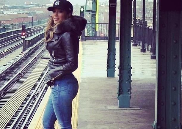"Clip : ""Same Girl"" – Jennifer Lopez"