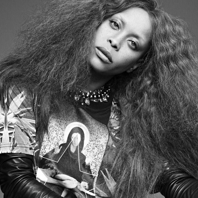 Erykah-Badu-visage-Givenchy-jewanda-6