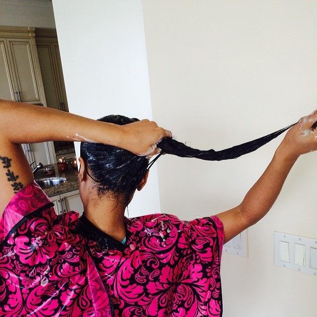 Nicki-minaj-cheveux-naturels-jewanda