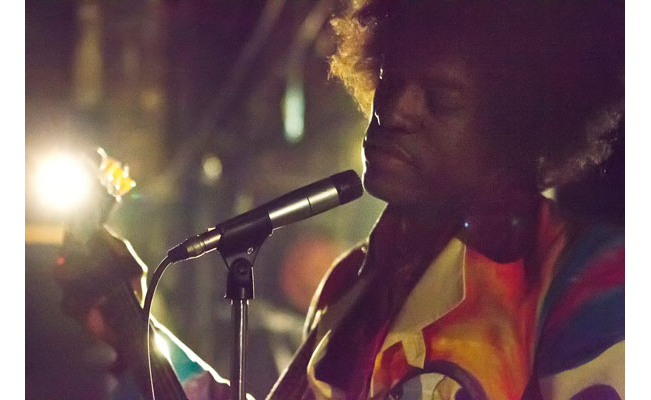 "Cinéma : ""All My My Side"", le biopic de Jimi Hendrix avec Andre 3000"
