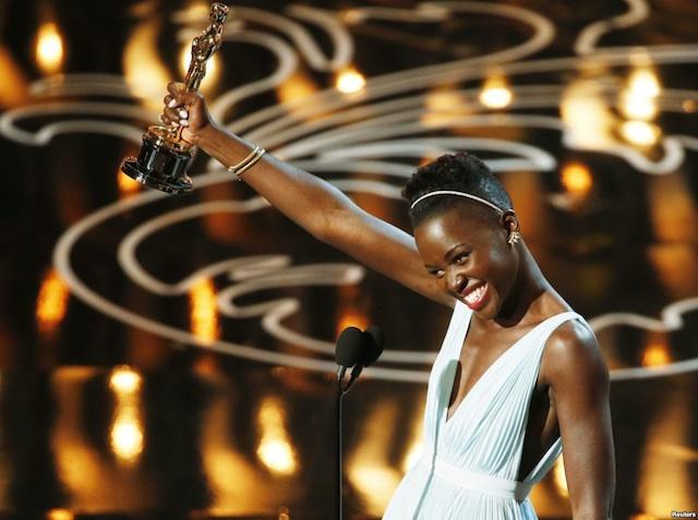 Cinéma : Lupita Nyong'o remporte l'oscar du meilleur second rôle féminin