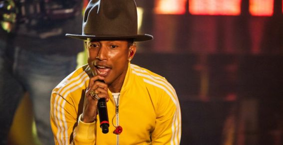 People : Le chapeau de Pharrell Williams vendu pour 24 millions F CFA