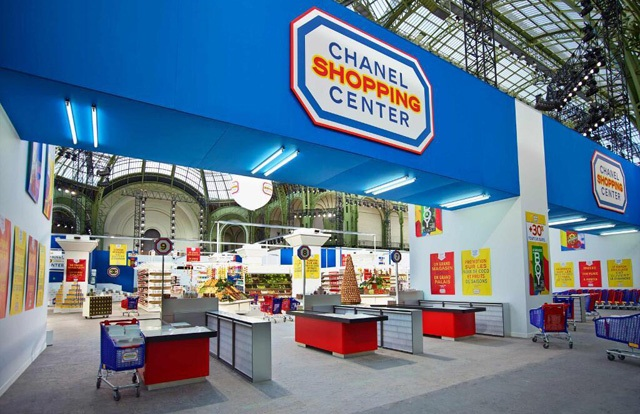 Mode : Le défilé-supermarché de Chanel