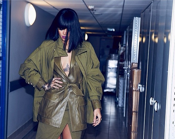 rihanna-balmain-paris-fashion-week-jewanda-5
