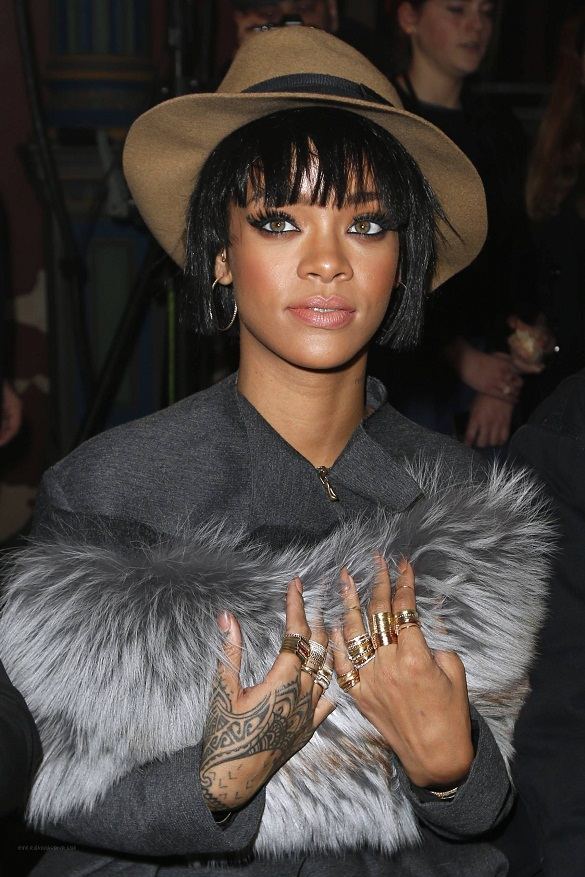 rihanna-lanvin-paris-fashion-week-jewanda-4