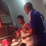 People : 2Face et Annie en cuisine...