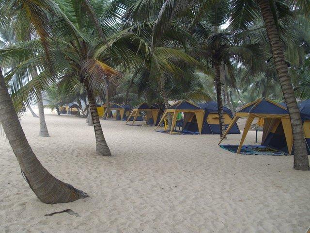 lacampagne-tropicana-beach-resort-jewanda
