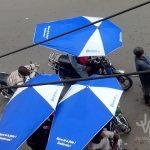 Tech : Le site Jovago équipe les motos taxis de parapluies