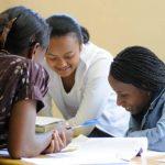 News : Des bourses d'études pour jeunes filles vierges en Afrique du Sud