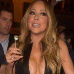 People : Mariah Carey trahie par son décolleté, les lolos sont dehors !