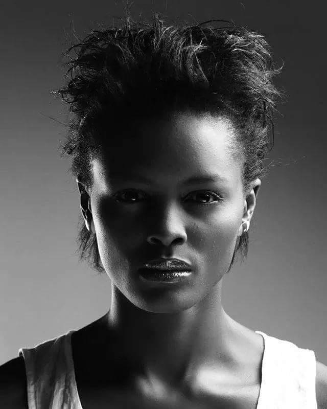 foje-jencey-hot-girls-cameroun-jewanda-4