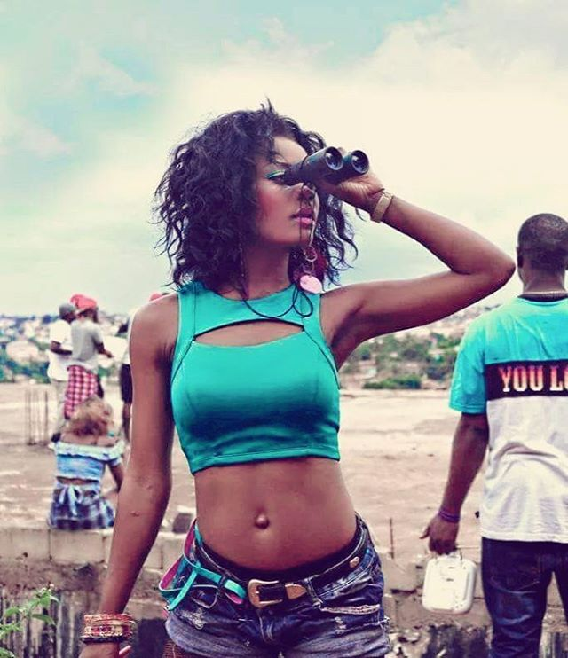 ursulle-corine-hot-girls-cameroun-jewanda-2
