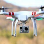 Tech : Un étudiant kenyan invente un drone pour développer la recherche agr...