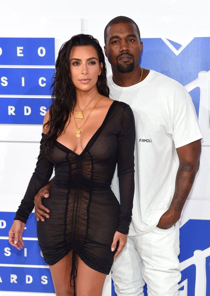 kim-kardashian-kanye-kest-wandalooks-vma-2016-jewanda