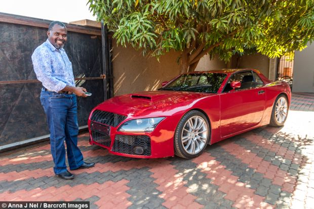 nigerian-fabrique-voiture-sport-teleguide-avec-smartphone-jewanda