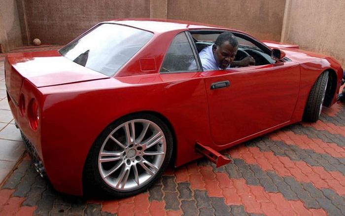 nigerian-fabrique-voiture-sport-teleguide-avec-smartphone-jewanda63
