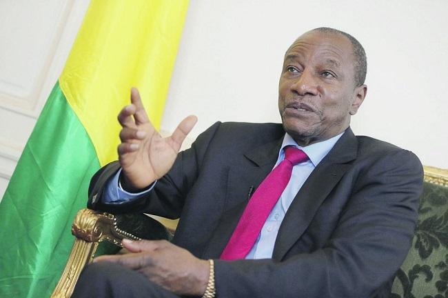 alpha-conde-recadre-journaliste-francaise-jewanda