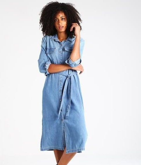 1La longue robe en Jean