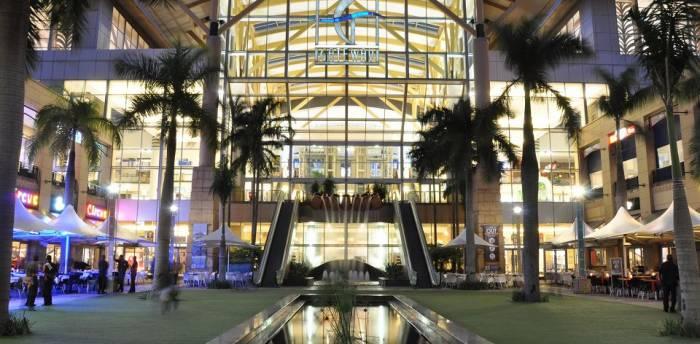 Plus grands centre commercial afrique jewanda je wanda for Centre commercial grand tour